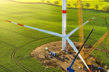 Entstehung eines neuen Windrads zur Energiewende