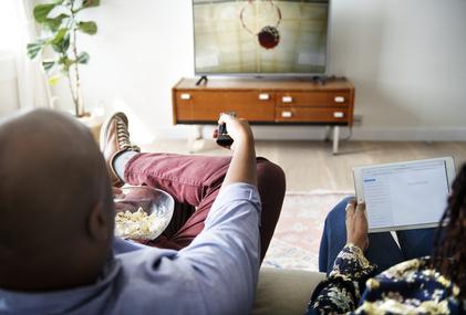 Fernseher Auf Rechnung Bestellen Aktuelle übersicht Aller Online Shops