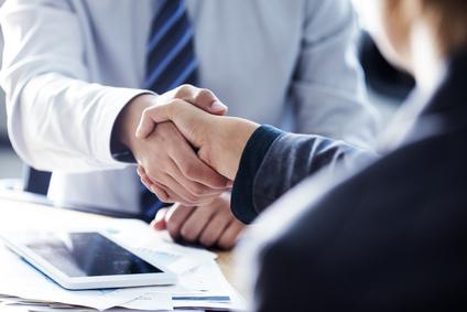 Kreditvertrag abschliessen und unterschreiben