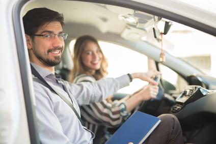 Gute Leistungen bei einer günstigen Autoversicherung