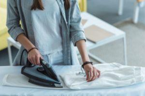 15 unterschiedliche Bügeleisen im Vergleich – finden Sie Ihr bestes Bügeleisen zum flexiblen, schnellen und sicheren Bügeln – unser Test bzw. Ratgeber [jahr]