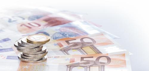 Beantragen Sie jetzt Ihren persönlichen 20.000 Euro Kredit zu Top-Konditionen