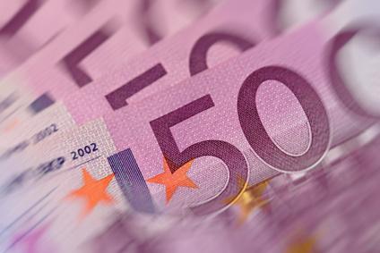 Jetzt Kredit über 50.000 Euro auf STERN.de mit niedrigem Zins sichern