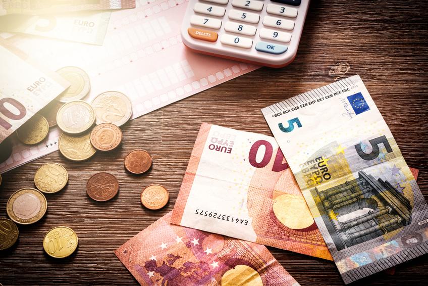 Online Kredit Anbieter im Vergleich: Diese Bank stehen oben!
