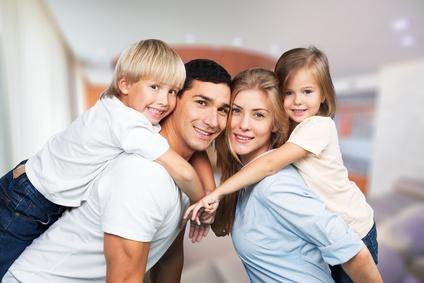 Risikolebensversicherung Vergleich: Der ideale Schutz für eine glückliche Familie