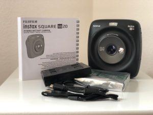 Fujifilm Instax SQUARE SQ 20 Hybride Sofortbildkamera ausgepackt