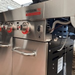 Char-Broil Gasgrill Professional Pro 3 S leuchtende Knöpfe