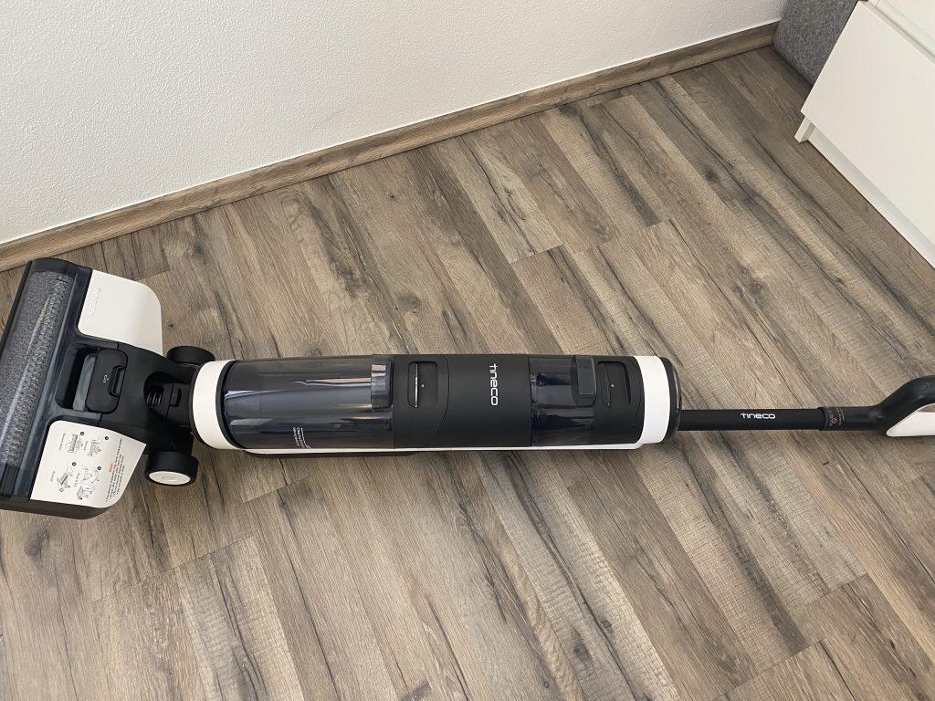 Tineco Floor One S3 liegend